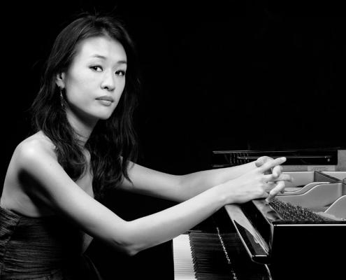Minju Song at the piano