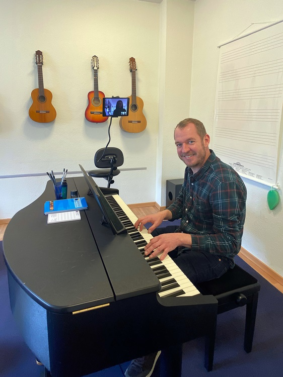 Online piano lessons with Martin Behm